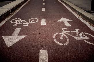 מסלולי-אופניים-מסומנים-בכביש
