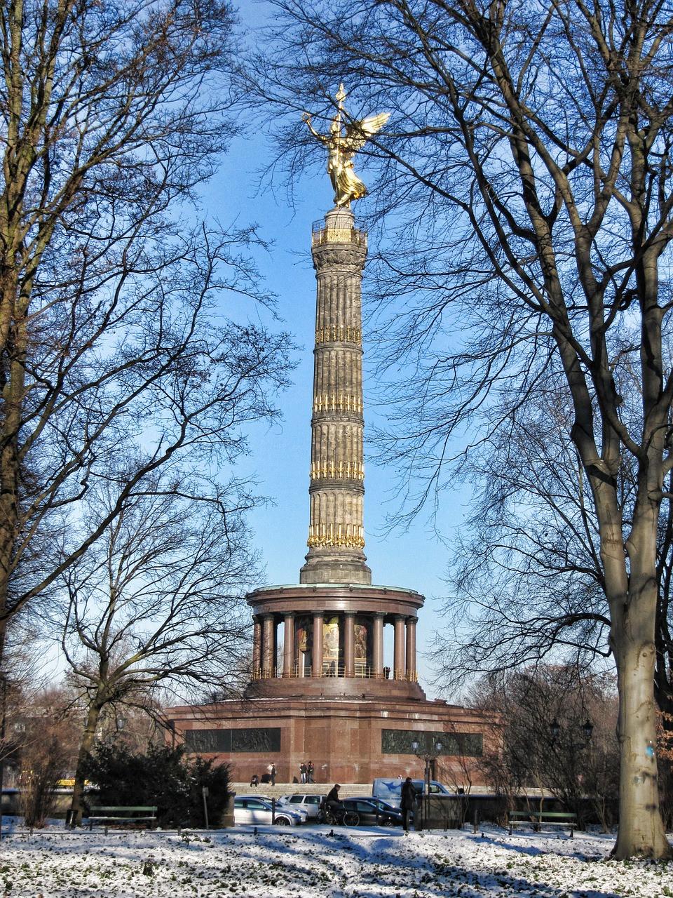 עמוד הניצחון בברלין ביום חורפי