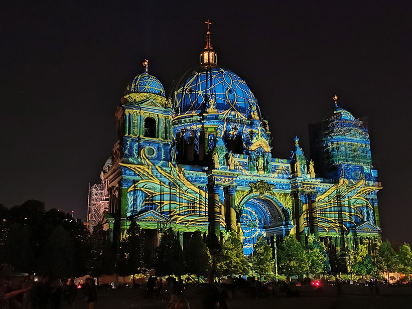 festival-of-light-2020-amir-in-berlin (6