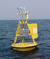 250px-NOAA-NDBC-discus-buoy.jpg