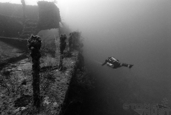 When The Rule of Thirds May Not Work: A look at the old rule as applied to Wreck Diving