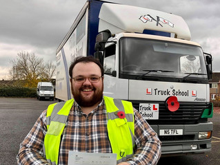 🔴 TEST PASS! 🔴  David Lamplough passed his class 2 test FIRST TIME!