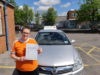 🔴 TEST PASS! 🔴  Charlotte Rawlings passed her driving test FIRST TIME!