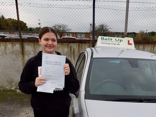 🔴 TEST PASS! 🔴  Yasmin White passed her driving test!