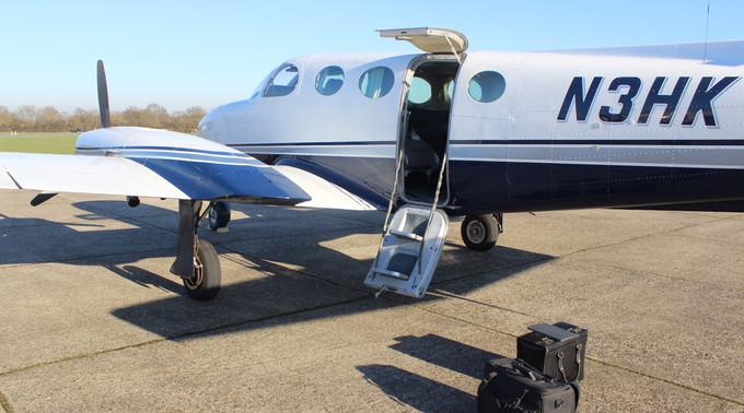 N3HK Cessna 340 Rear Door View Eagle Mot