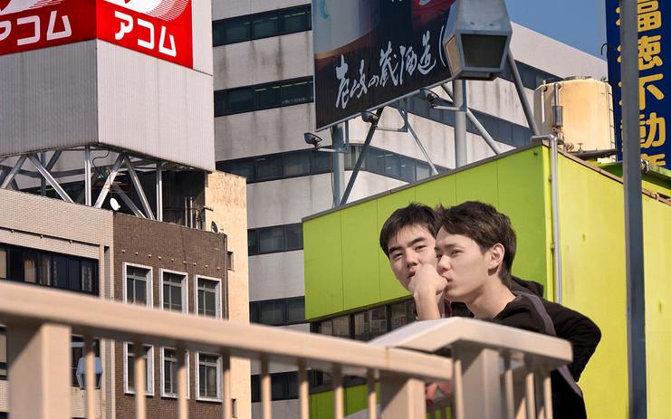2 BOYS BALCONY P1020813 EDIT 2 BR.jpg