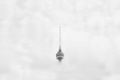 CN-tower-in-fog_4460x4460.jpg