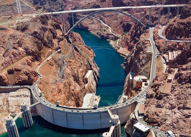 Hoover-Dam_hatterkep.jpg