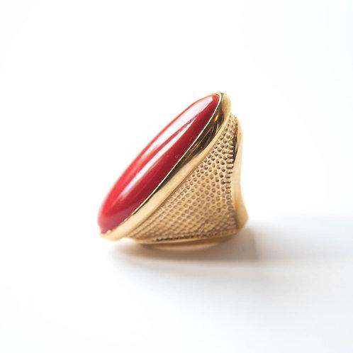 Oversized fashion ring