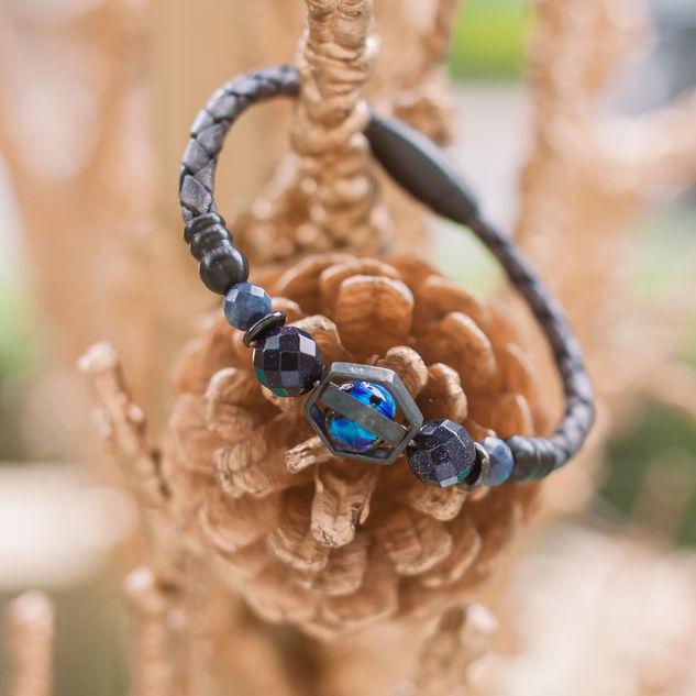 Latch Handmade Leather Bracelet 31.jpg