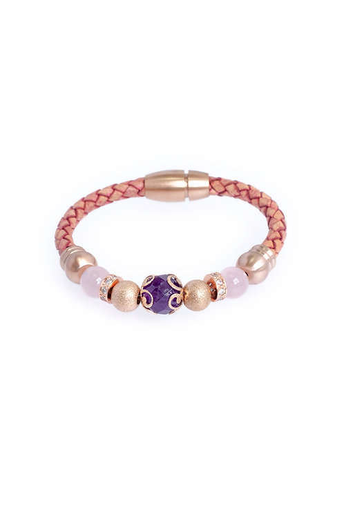 Venus in 5mm Antique Rose Leather
