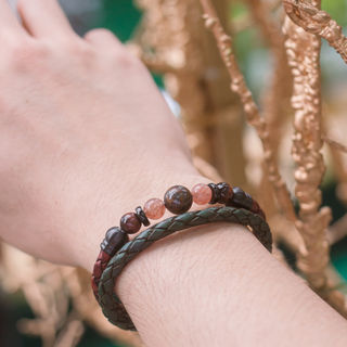 Latch Handmade Leather Bracelet 7.jpg