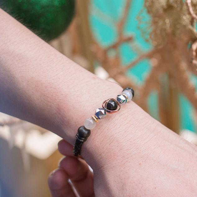 Latch Handmade Leather Bracelet 37.jpg