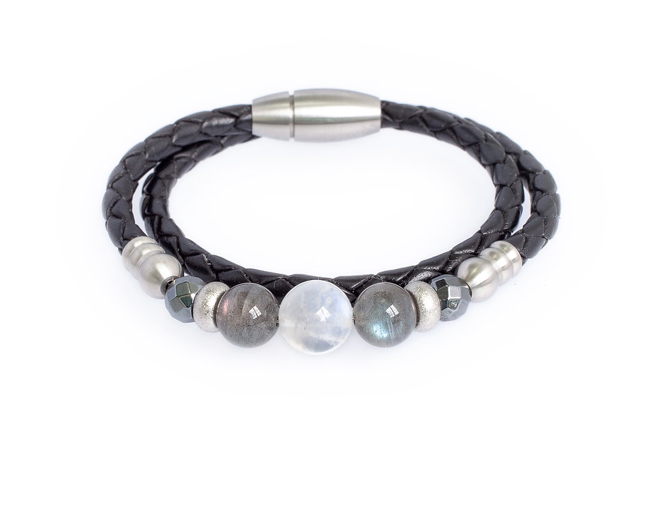 Queen Moonstone in 4mm Black Double Wrap Leather