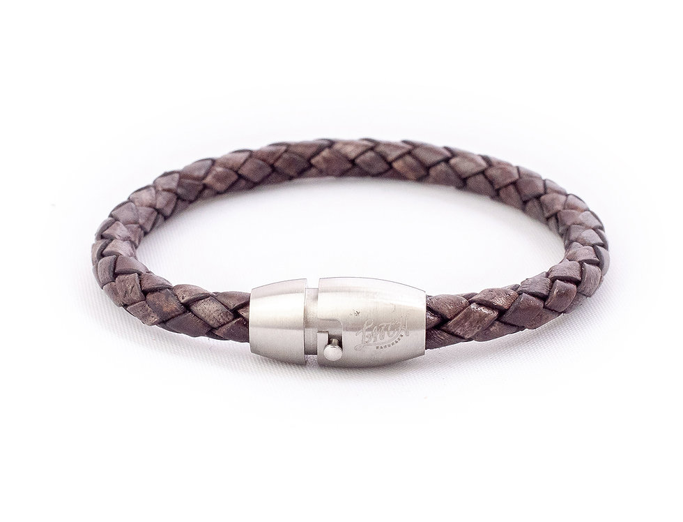 5mm Antique Brown in Silver