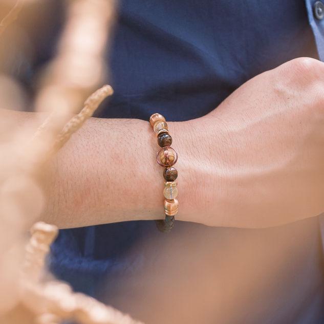 Latch Handmade Leather Bracelet 25.jpg