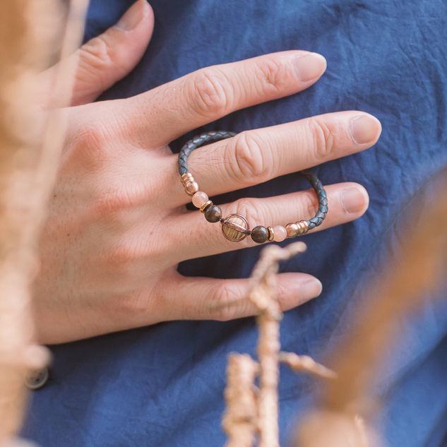 Latch Handmade Leather Bracelet 26.jpg