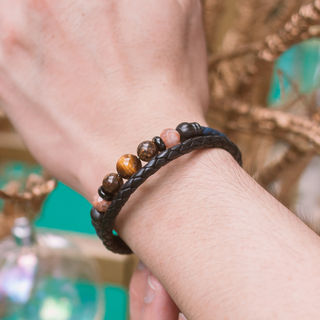 Latch Handmade Leather Bracelet 10.jpg