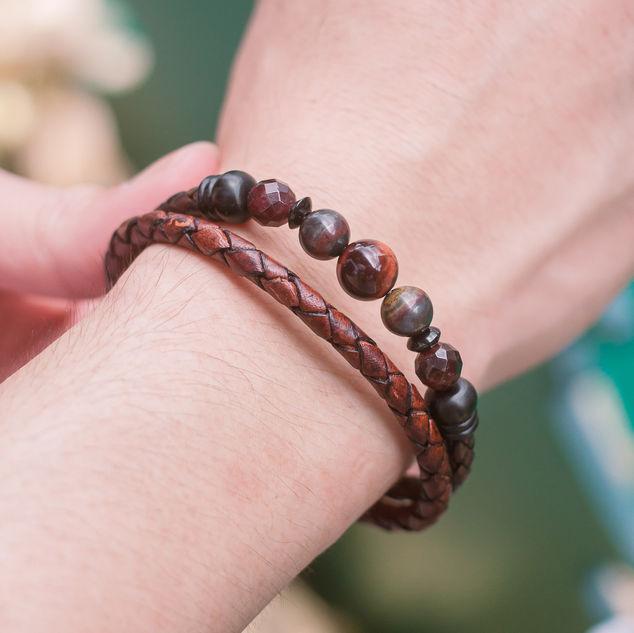 Latch Handmade Leather Bracelet 5.jpg