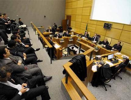 Decretação de falência leva à extinção de execuções suspensas durante a recuperação judicial