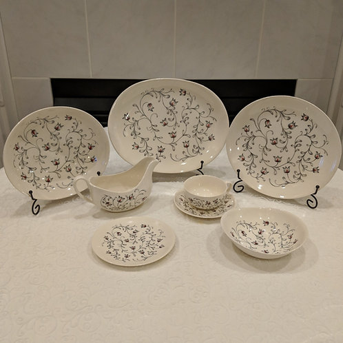 Johnson Bros Lace Cream Ironware