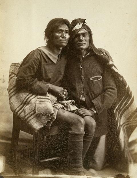 two-spirits-navajo-same-sex-couple.jpg