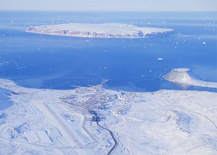 Aerial_Picture_Of_Thule_Air_Base.jpg