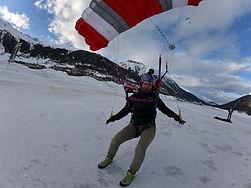 Parachute landing at Samedan
