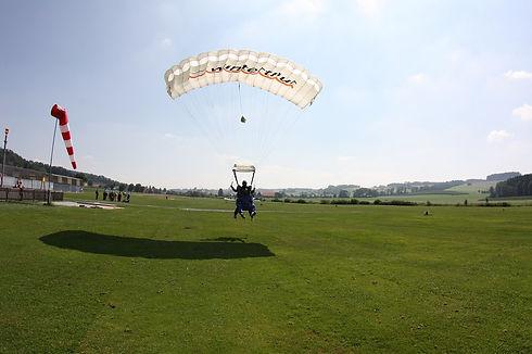 Fallschirm Tandemsprung Landung