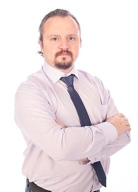 Консультант, маркетолог Олег Лихачев