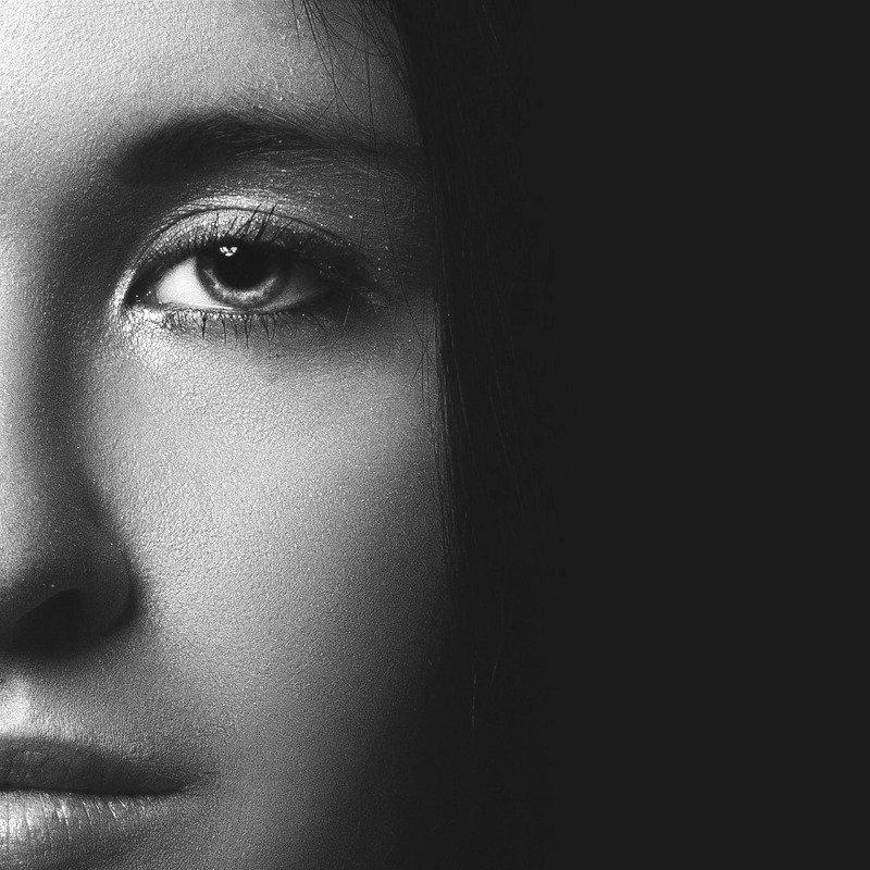mystical-portrait-of-a-girl-1344644_1920_edited_edited_edited_edited.jpg