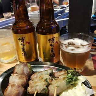 地ビールと串焼き
