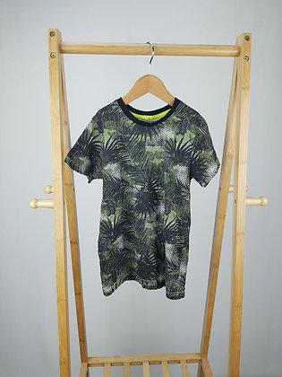 Matalan tropical t-shirt 7 years