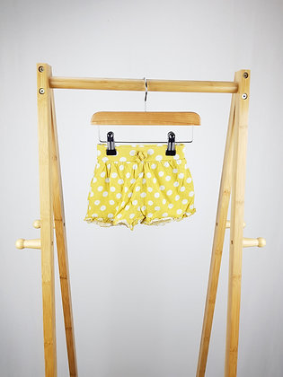 TU spotted shorts 9-12 months