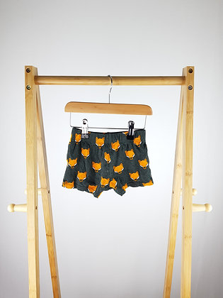That's not my fox shorts 9-12 months