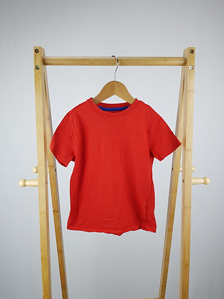 F&F red t-shirt 4-5 years