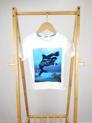 H&M shark flippy sequin t-shirt 6-8 years