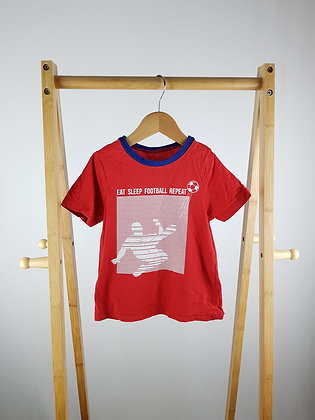George red t-shirt 3-4 years