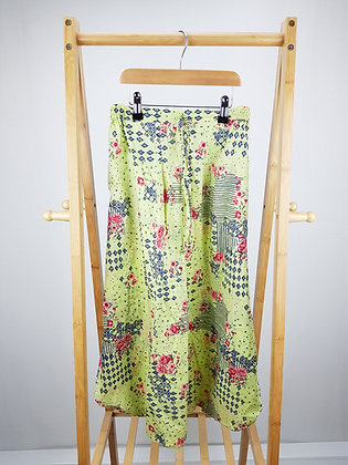 Floral 3/4 harem trousers 8-9 years