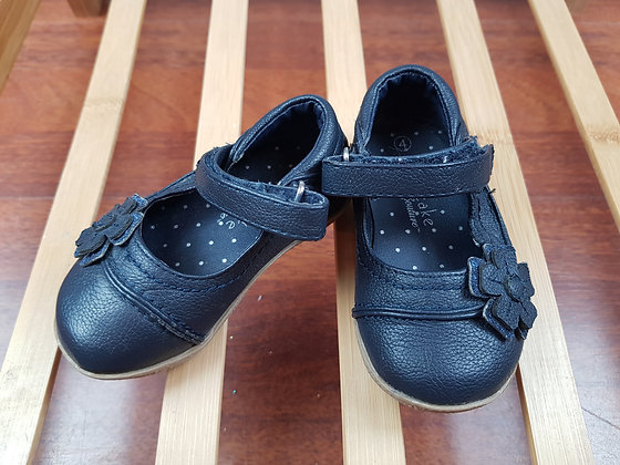 Cupcake boutique navy shoes UK 4