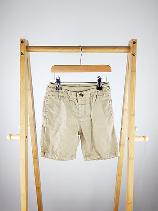Mothercare beige shorts 5-6 years playwear