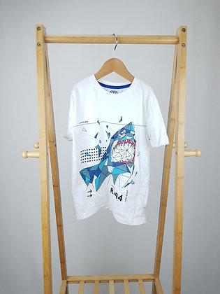 F&F shark t-shirt 6-7 years