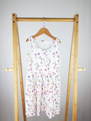 H&M white floral dress 6-8 years