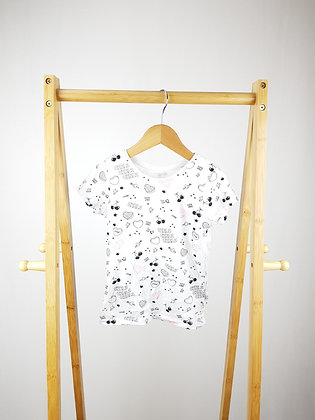 Primark white patterned t-shirt 4-5 years