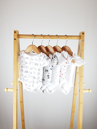 5x bodysuits mix newborn/1 month