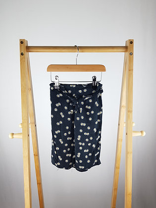 Primark daisy print 3/4 trousers 2-3 years