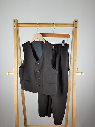 K.R collection formal trousers & waist coat 5-6 years