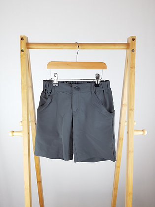 Patagonia grey shorts 7-8 years
