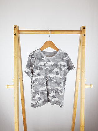 Primark camouflage t-shirt 3-4 years