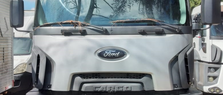 Ford 2842 - 2015 - 6X2 - Teto Alto - Manual - teto alto